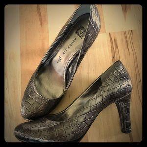 Anne Klein iflex heeled crocodile pewter size 6.5M